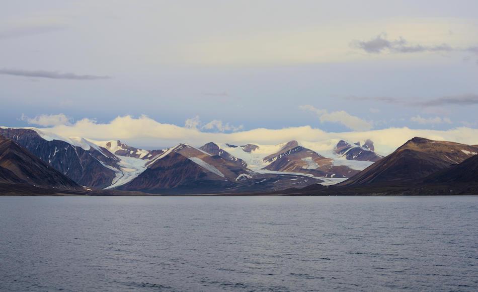 Die Suche nach der legendären Nordwestpassage, die den Seeweg zwischen Atlantik und Pazifik hätte abkürzen sollen, forderte über die Jahrhunderte zahlreiche Menschenleben. Erst Roald Amundsen gelang es 1906 die Passage zu durchfahren. Bild: Michael Wenger